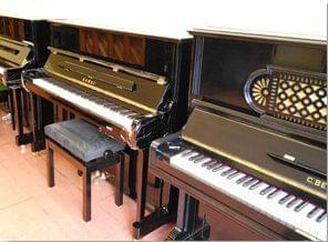 Imagen promoción de pianos verticales para alquilar