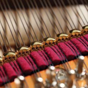 Característica pianos KAWAI agraffes