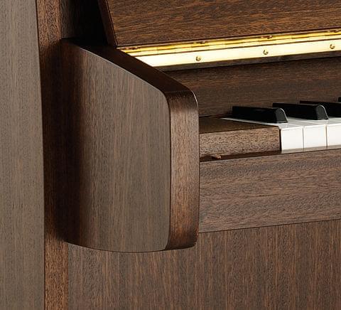 Detalle piano KEMBLE colección Family modelo Cambridge
