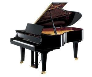 Imagen piano de cola YAMAHA premium CF Series. Modelo CF6 color negro pulido