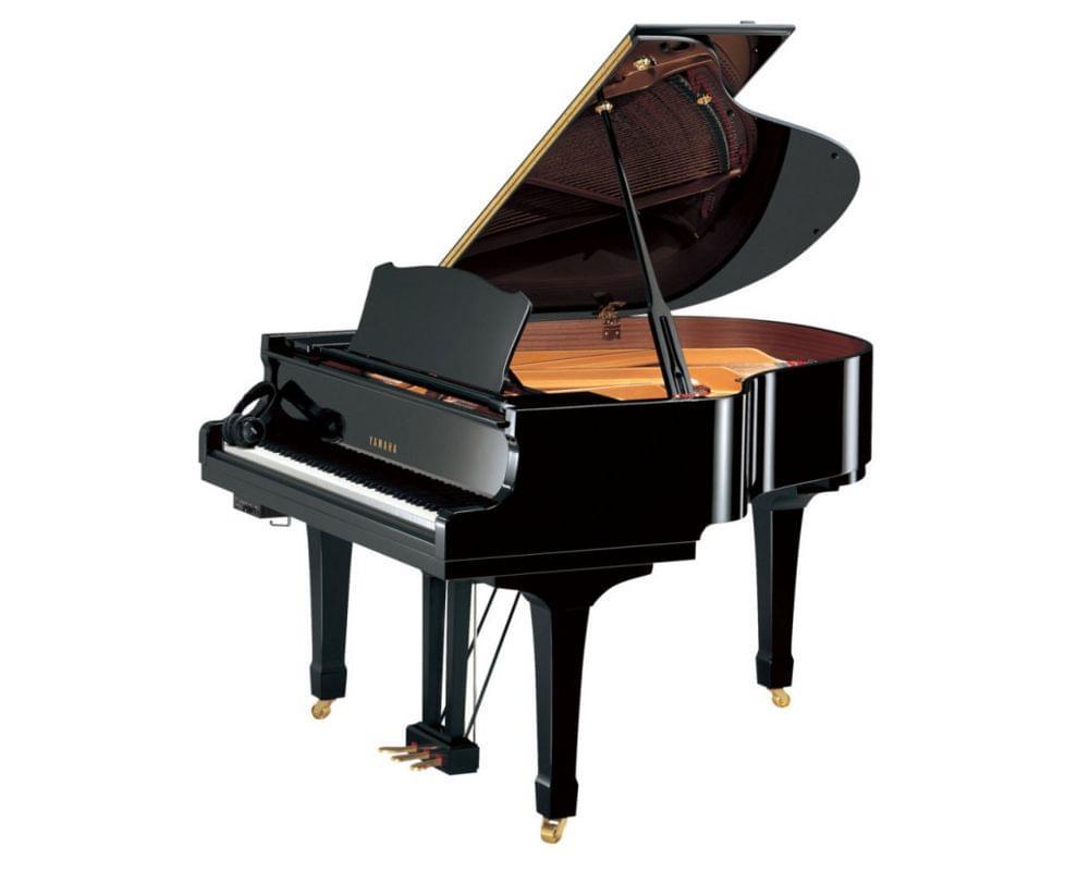 Imagen piano de cola YAMAHA CX Series. Model C1X color negro pulido sistema SILENT