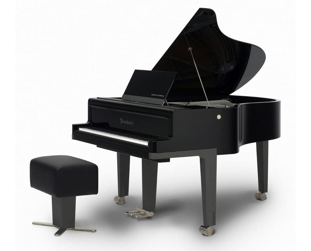 Imagen piano de cola BÖSENDORFER model diseño Porsche con banqueta
