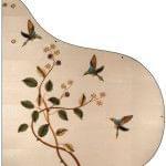 Imagen piano de cola BÖSENDORFER model especial Hummingbirds vista cenital detalle flores