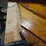 Imagen de la restauración de un piano vertical Bechstein en el taller de Corrales Pianos. 09