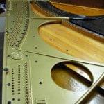 Imagen de la restauración de un piano vertical Bechstein en el taller de Corrales Pianos. 10